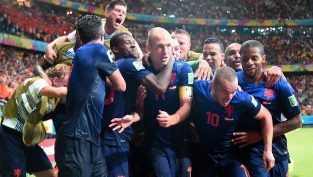 The Dutch team and Arjen Robben celebrate the fifth goal vs Spain, Group B match, FIFA World Cup 2014
